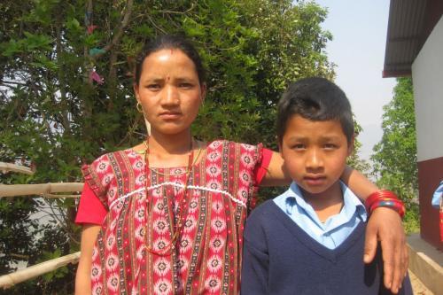 Roshan and his mom-Gramindevi